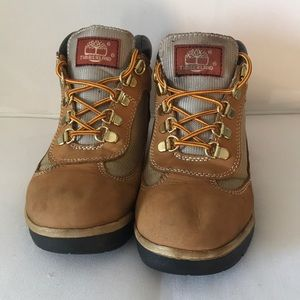 Timberland boots boys size 4 **make me an offer**
